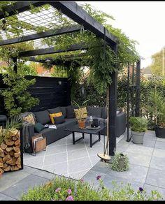 Small Backyard Gardens, Backyard Patio Designs, Outdoor Gardens, Small Backyard Landscaping, Patio Ideas, Small Garden Pergola, Modern Landscaping, Outdoor Pergola, Backyard Pergola