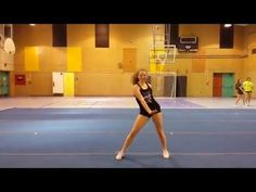 dance with simple motions and level changes Uca Cheer Camp, Easy Cheer Stunts, Cheerleading Tryouts, Cheer Jumps, Cheerleading Cheers, Cheer Coaches, Youth Cheer, Varsity Cheer, Football Cheer