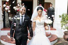 Nooitgedacht Wedding Photography Stellenbosch by ZaraZoo South Africa Confetti Photos, Streamers, South Africa, Wedding Photos, Zara, Wedding Photography, Inspire, Wine, Wedding Dresses