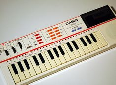 vintage casio toy | VINTAGE CASIO PT-82 RETRO 1980s ELECTRONIC KEYBOARD. Of course had a keyboard back in the day.