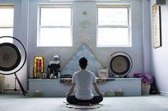 Kundalini Yoga Moves for Beginners to Try Rachel Zelaya of the Adi Shakti Kundalini Yoga Center of Boulder suggests three exercises | Pictured: Elad Yifrach of L'Objet in New York says he tried Kundalini yoga because he felt...