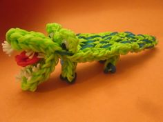 Rainbow Loom CROCODILE / ALLIGATOR. Designed and loomed by Lovely Lovebird Designs. Click photo for YouTube tutorial. 05/20/14.