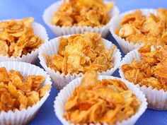 golden corn flakes covered in honey, its no wonder they're called Honey Joys. Aussie Food, Australian Food, Australian Recipes, Honey Joys Recipe, Honey Cornflakes, Cornflake Recipes, Kids Meals, Easy Meals, Tea Snacks