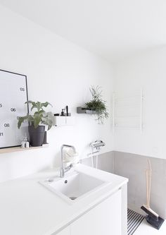 Utility room with lightness. Laundry Room Design, Laundry In Bathroom, Kitchen Design, Bad Inspiration, Bathroom Inspiration, Toddler Rooms, Diy House Projects, Loft, Scandinavian