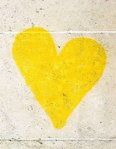 Love this yellow heart. Mellow Yellow, Big Yellow, Colour Yellow, Yellow Theme, Pastel Yellow, Golden Yellow, I Love Heart, Hello Heart, Yellow Brick Road