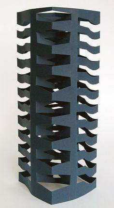Galería de imagenes de www.educacionplastica.net :: Prismas de Papel con Cortes :: prisCut5 Origami Architecture, Concept Architecture, Kirigami, Nirmana 3d, Trip The Light Fantastic, Paper Art, Paper Crafts, Cool Birthday Cards, Room Door Design