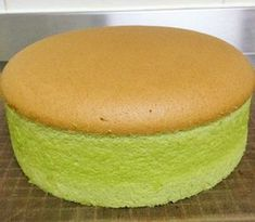 Pandan Spongecake Ingredients:- 6 eggs yolks – I used grade B eggs which is about 60g 70g corn oil 100g plain flour Pinch of salt 50g pandan juice 50g coconut milk 6 eggs whites 100g sugar Line the...