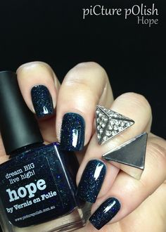 piCture pOlish 'Hope' mani by Fashion Polish!  WOWZA stunning!