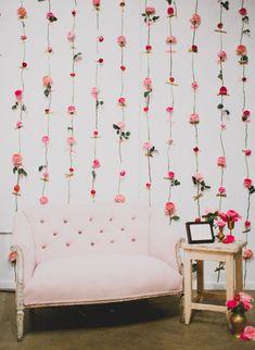 21 stunning diy wedding booth backdrops ideas of diy photo booth backdrop Flower Wall Backdrop, Diy Backdrop, Wall Backdrops, Photo Backdrops, Backdrop Wedding, Backdrop Design, Backdrop Photobooth, Reception Backdrop, Wedding Wall
