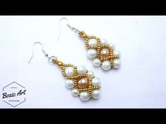 If you want to start making your own jewelry, making your own earrings is a great place to begin. DIY earrings may be small, but they look so elegant and sty. Seed Bead Jewelry, Seed Bead Earrings, Beaded Earrings, Pearl Earrings, Earrings Handmade, Seed Beads, Jewelry Making Tutorials, Seed Bead Tutorials, Beading Tutorials