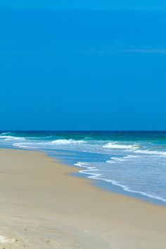 Travel | North Carolina | Attractions | Drives | Beaches | Road Trip | Hidden Gems | Driving | Things To Do