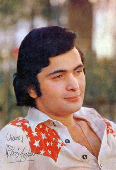 Retro Bollywood Vintage Movie Stars, Vintage Movies, Famous Celebrities, Bollywood Celebrities, Guru Nanak Wallpaper, Glamour World, Bollywood Pictures, Rishi Kapoor, Indian Star