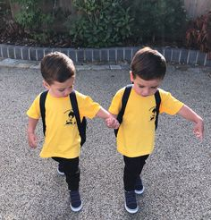 Proud of these two loving pre-school today x Knox & Kimber Cute Baby Twins, Twin Baby Boys, Cute Little Baby, Twin Babies, Little Babies, Baby Kids, Baby Boy Photos, Cute Baby Pictures, Newborn Pictures