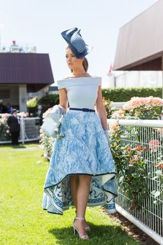 The most stylish celebrity outfits and fashion moments from Melbourne Cup Horse Race Outfit, Races Outfit, Kentucky Derby Fashion, Kentucky Derby Outfit, Race Day Outfits, Derby Outfits, Casual Summer Dresses, Nice Dresses, Race Day Fashion