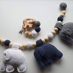 Adobe Illustrator, Knit Crochet, Crochet Necklace, Baby Boy, Knitting, Crafts, Tejidos, Garden Cottage, Manualidades