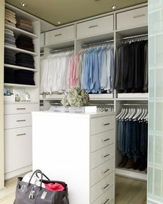Closet. Color blocked!