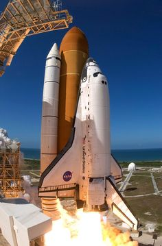 Space Shuttle Discovery - Lift Off