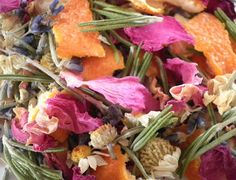 Simple recipe for a rose and lavender potpourri at The Essential Herbal blog