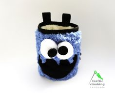 Cookie Monster climbing chalk bag by Craftic climbing