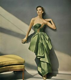 1952 Eva Gerney in William Rose yarn-dyed faille with Enka rayon gown by Modern Couture, photo by Francesco Scavullo, Vogue