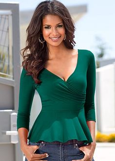 Surplice peplum top from VENUS women's swimwear and sexy clothing. Order Surplice peplum top for women from the online catalog or Top Verde, Green Top Outfit, Peplum, Green Tops, Casual Street Style, Blouse Styles, Fashion 2020, Types Of Fashion Styles, Fashion Outfits