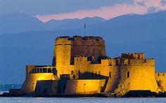 Bourtzi Fortress at Twilight Nafplio Greece Wallpaper Greek Castle, Monaco, Places To Travel, Places To See, Greece Wallpaper, Places In Greece, My Kind Of Town, Medieval Castle, Thessaloniki