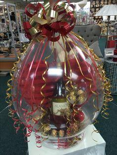Balloon Box, Balloon Gift, Balloon Flowers, Balloon Bouquet, Balloon Arch, Valentines Balloons, Graduation Balloons, Birthday Balloon Decorations, Balloon Crafts