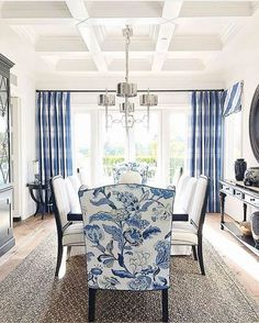 Best White Paint Colors For Home Staging - 2018 - Home with Keki Best White Paint, White Paint Colors, Paint Colors For Home, House Colors, Blue And White Living Room, Dining Room Blue, Dining Room Design, Dining Chairs, Blue And White Fabric