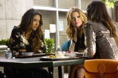 """'Pretty Little Liars' Season 4 Spoilers: Spencer's Theory About Ezra """"Questioned"""" in Episode [PHOTOS] Pretty Little Liars Free, Pretty Little Lies, Pretty Little Liars Seasons, Pll Season 4, Uber A, Spencer Hastings, Tv Show Quotes, Shay Mitchell, Celebs"""