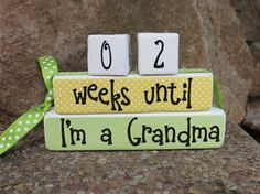 Cute way to announce pregnancy to grandparents: Grandparent countdown blocks weeks until baby arrives baby shower gift Mothers Day Fathers Day on Etsy, $14.99