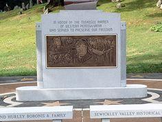 Veterans Memorial Design And Construction Photos Tuskegee Airmen, Veterans Memorial, Armed Forces, Monuments, Rome, Photos, Pictures, Construction, Memories