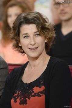 """Isabelle Gelinas - Enregistrement de l'emission """"Vivement Dimanche"""" à Paris le 30 octobre 2013."""