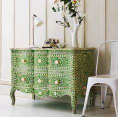 Trend Alert - Bone Inlay Furniture * Alerta Tendência - Móveis Com Ecrustações Madre Pérola