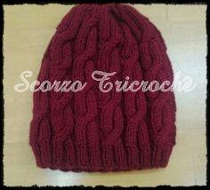 Scorzo Tricroche: Touca Mod Cables Slouchy Hat