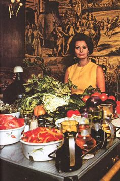 The Italian actress Sophia Loren is a dab hand at pastry | Sophia é ...
