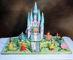 Celebrating her #birthday with all her princess friends. #CB415 #EddasCakes - http://eddascakes.com