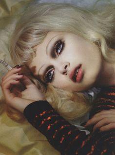 Make up Sophie Vlaming by Sofia Sanchez & Mauro Mongiello Make Up Looks, Makeup Inspiration, Makeup Inspo, Beauty Make Up, Hair Beauty, Khol Eyeliner, Art Visage, Grunge, My Hairstyle