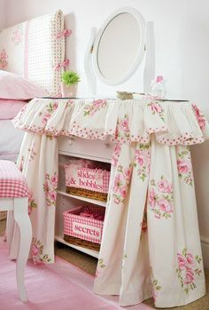 1000 images about shabby chic pretties on pinterest shabby chic shabby and shabby chic rooms. Black Bedroom Furniture Sets. Home Design Ideas