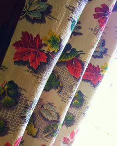 Vintage Barkcloth Drapery Curtain Pair Leaf Pattern $45.00