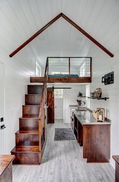 Beautiful view of Rodanthe a 24 ft. tiny house on wheels by Modern Tiny Living The post Beautiful view of Rodanthe a 24 ft. tiny house on wheels by Modern Tiny Living appeared first on Decoration. Tiny House Loft, Best Tiny House, Tiny House Living, Tiny House Plans, Tiny House Design, Tiny House On Wheels, Tiny Loft, Small Home Design, Tiny Home Floor Plans