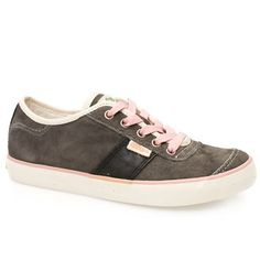 Simple Carat Cute with a conscience from Simple. This awesome casual lace up style features an eco friendly upper consisting of responsibly sourced ISO 14001 suede lined with knit certified organic cotton. Finishe http://www.comparestoreprices.co.uk/womens-shoes/simple-carat.asp