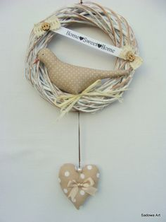 Lovely Decorative Wreath - Light Brown 'Home<3Sweet<3Home'' Diameter - 20cm Extra Bilateral Heart