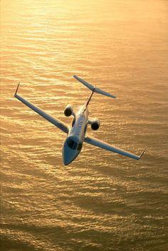 Private Jet    www.flightpooling.com  