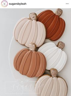 Fall Decorated Cookies, Fall Cookies, Cut Out Cookies, Cute Cookies, Royal Icing Cookies, Sugar Cookies, Fall Desserts, Just Desserts, Cupcake Cakes