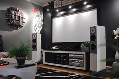 Google Image Result for http://naurahomedesign.com/wp-content/uploads/2012/05/home-theater-design-by-Z3M-johan.jpg