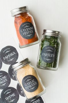 25 best ideas for small kitchen organization diy spice jars Spice Storage, Spice Organization, Diy Kitchen Storage, Jar Storage, Storage Ideas, Kitchen Labels, Kitchen Jars, Pantry Labels, Spice Jar Labels