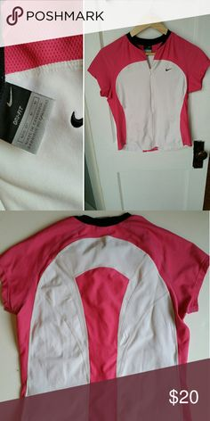 Nike DriFit Cycling Jersey Excellent condition cycling jersey in breathable wicking fabric. Nike Tops Tees - Short Sleeve