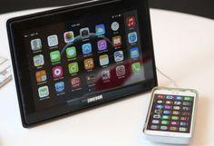http://www.geeky-gadgets.com/libercom-external-touchscreen-display-transforms-your-phone-into-a-tablet-04-02-2015/