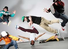 Take hip hop dance lessons Hip Hop Dance Moves, Hip Hop Dance Classes, Lets Dance, Street Dance Photography, Hip Hop Images, John Neumeier, Urban Dance, Breakdance, Dance
