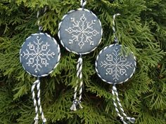 Are you looking for a gift that's quick to stitch?  These Sparkling Snowflakes fit the bill!  Cross stitched with Kreinik braid and embellished with Swarovski crystals and pearls, they will be at home on even the most elegant tree!
